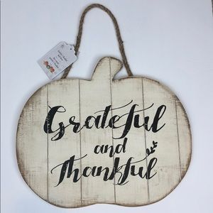 NWT PIER 1 Grateful and Thankful Wooden Sign